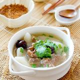 冬日餐桌上必备的暖身御寒汤――【萝卜羊�肉汤】