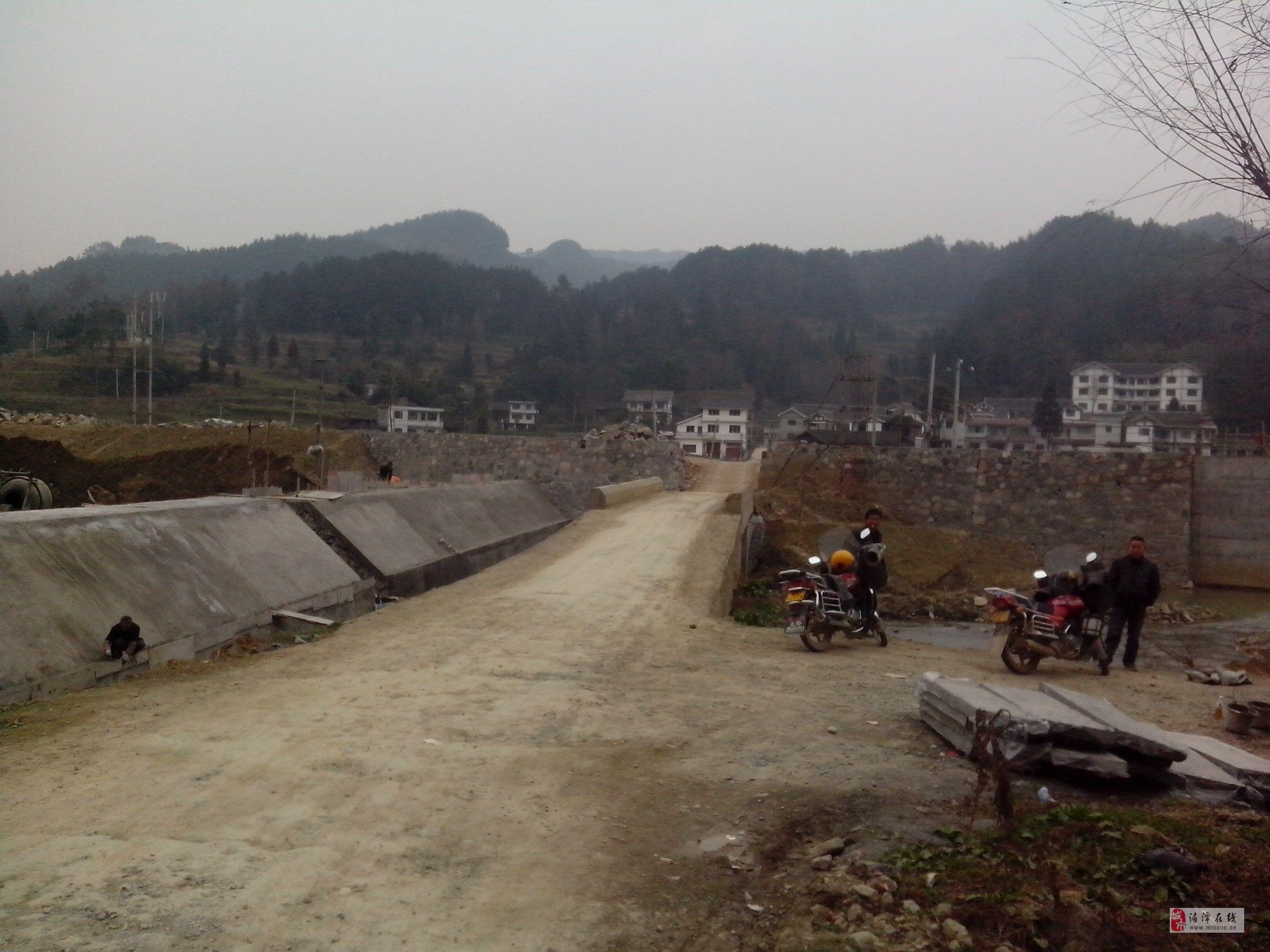 建设中的仙谷山风景区【人工湖】