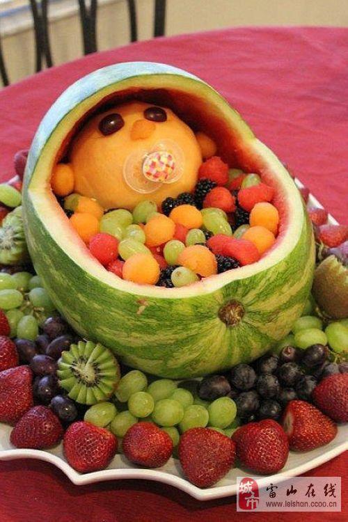 赶快来学学创意水果拼盘的做法!
