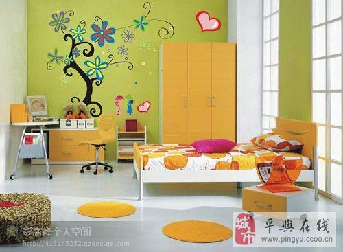 时尚元素墙体彩绘 家居手绘墙
