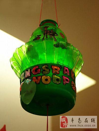 雪碧瓶子做灯笼图解