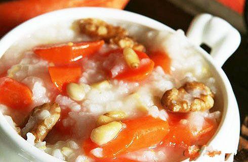 胡萝卜松子核桃粥