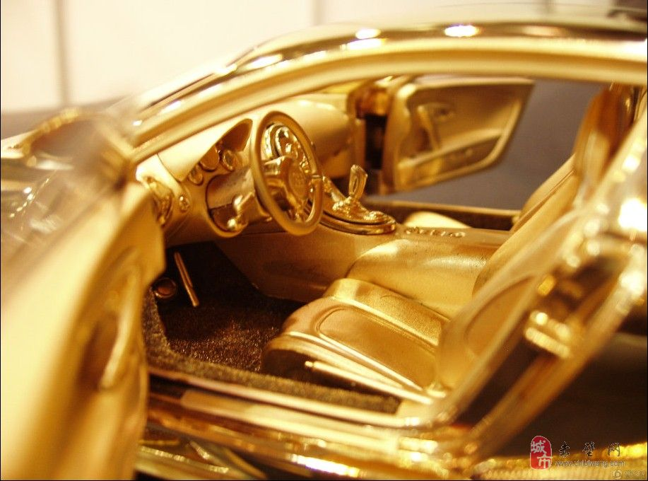黄金+钻石 千万元车模价值超真车