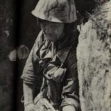 [推荐]一组最近解秘的对越自卫反击战中的照片