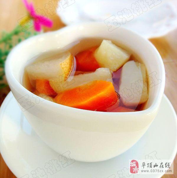 惊蛰饮食——马蹄雪梨胡萝卜糖水