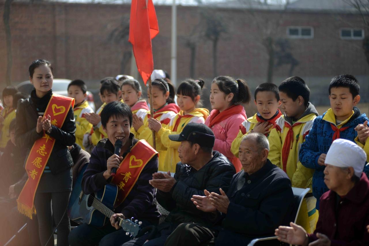 惠丰敬老院的青年志愿服务活动