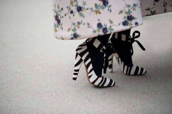 [贴图]巴黎时装周 鞋子浪漫艺术