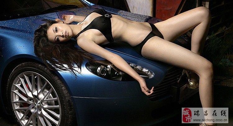 极致诱惑比基尼美女车模