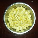 又是包春卷的季节罗,算不算也是安溪的美食呢?