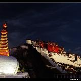 布达拉宫之夜――-那令人窒息的美