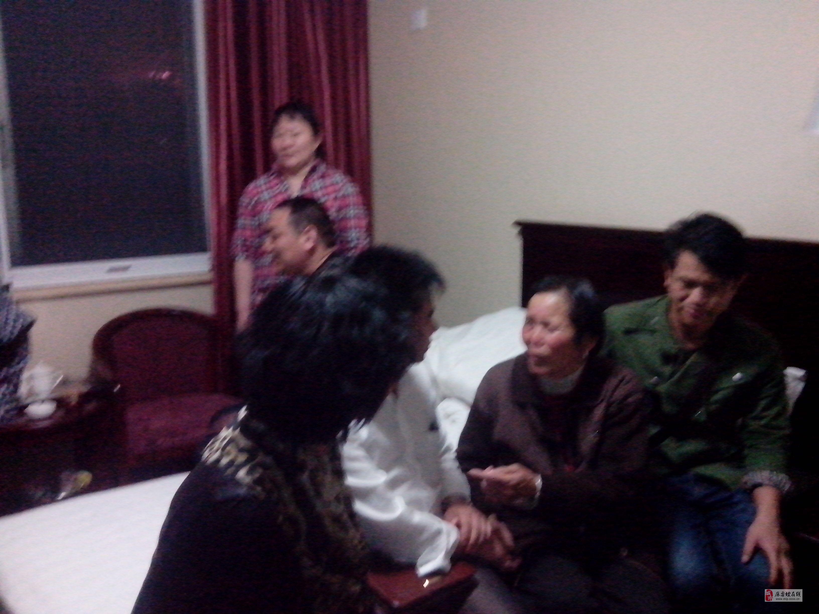 [原创]《寻找老山的记忆》活动组委会成员看望李海欣烈士的母亲