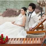 我的婚戒在苏州ENID搞定了开心啊··特地和婚纱照一起秀秀