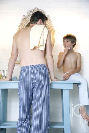 [注意]男人早晨要警惕五大症状 浮肿或是肾病