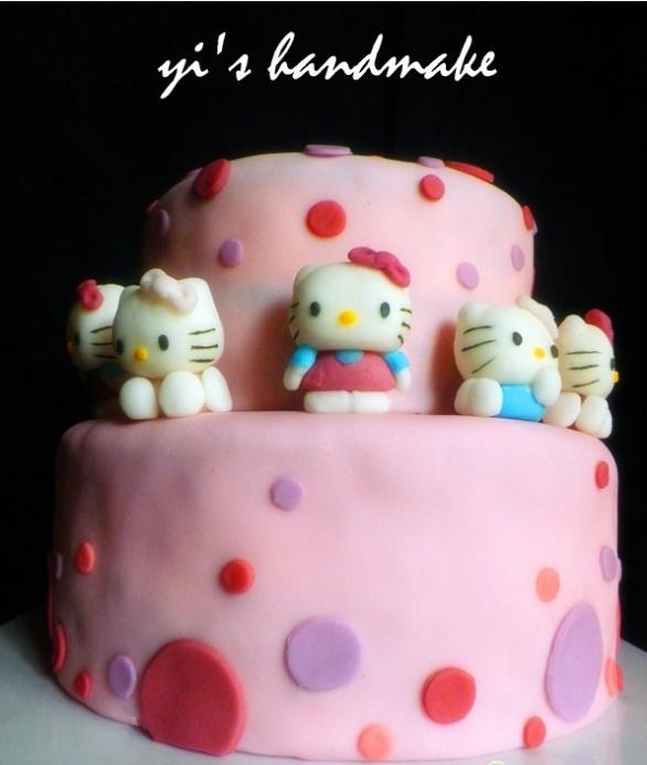主题: hello kitty小公主 翻糖蛋糕