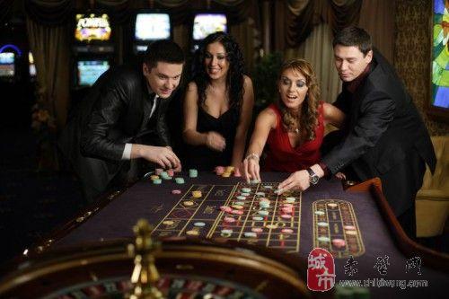 实拍白俄豪华赌场 美女环绕媲美美维加斯