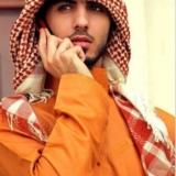 �_扒�髡f中�L得太英俊被拒�^入境的阿�酋男子的照片