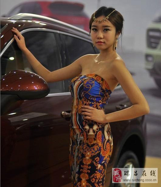 2013九江车展上的车模们!