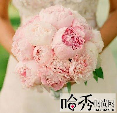 浪漫唯美新娘捧花 玫瑰捧花点缀浪漫时刻