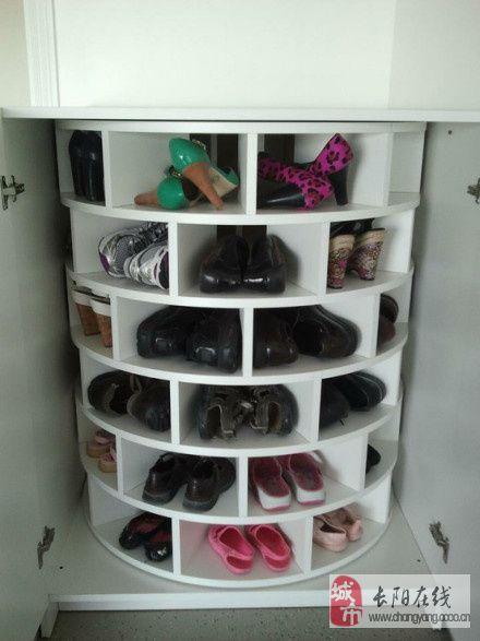 旋转鞋柜,很小的一个角落就能放下很多鞋子
