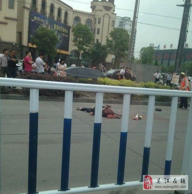 606688839_盛泽车祸图片_盛泽车祸图片下载