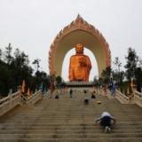 高清:江西建世界最高阿弥陀佛像 贴金48