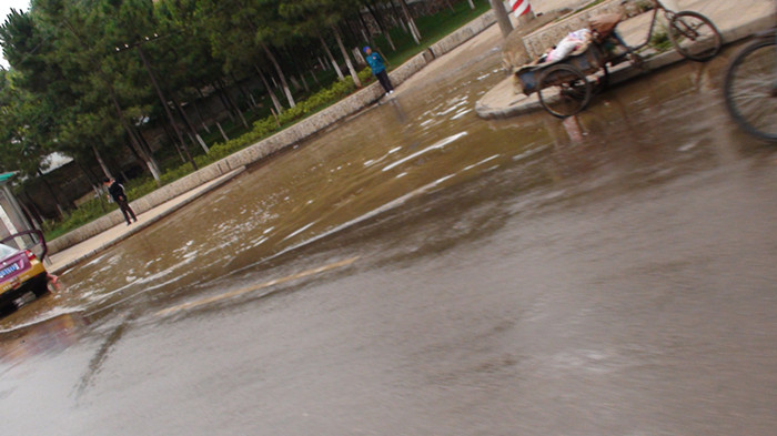 [原创]号外、号外。。金沙网站遭洪灾了