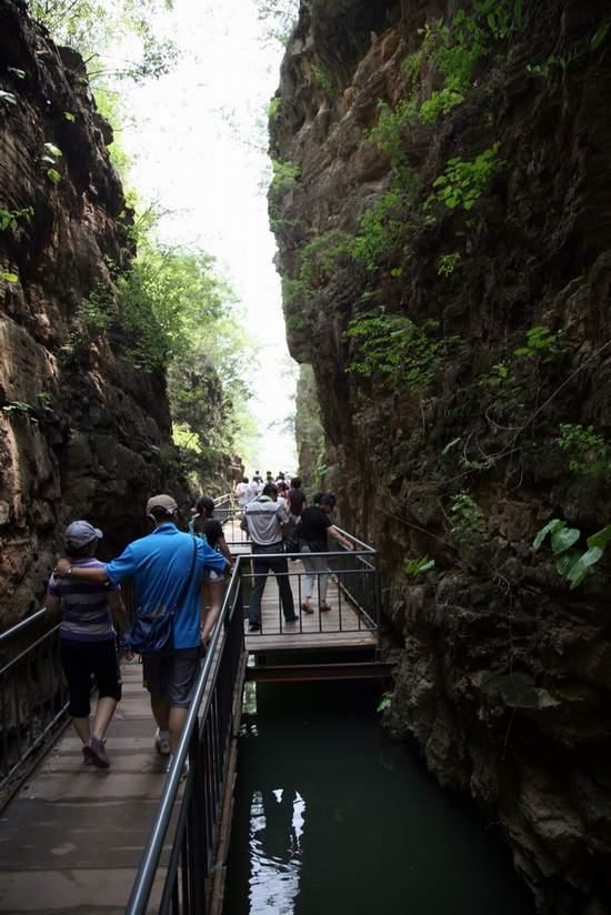 唐县全胜峡景区端午假期接待15000游客