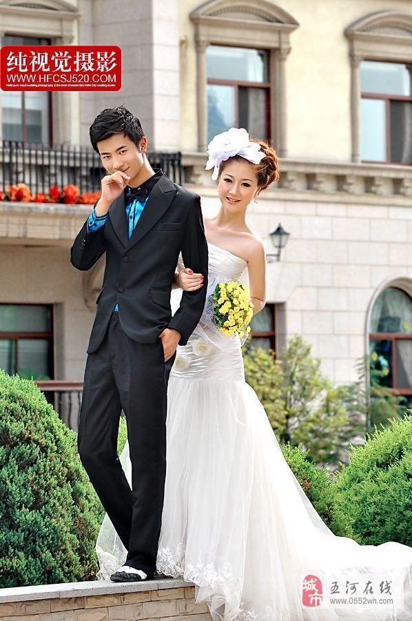 友宝婚纱摄影合肥店美高梅注册服务部。专车接送,到合肥拍价格3000左右