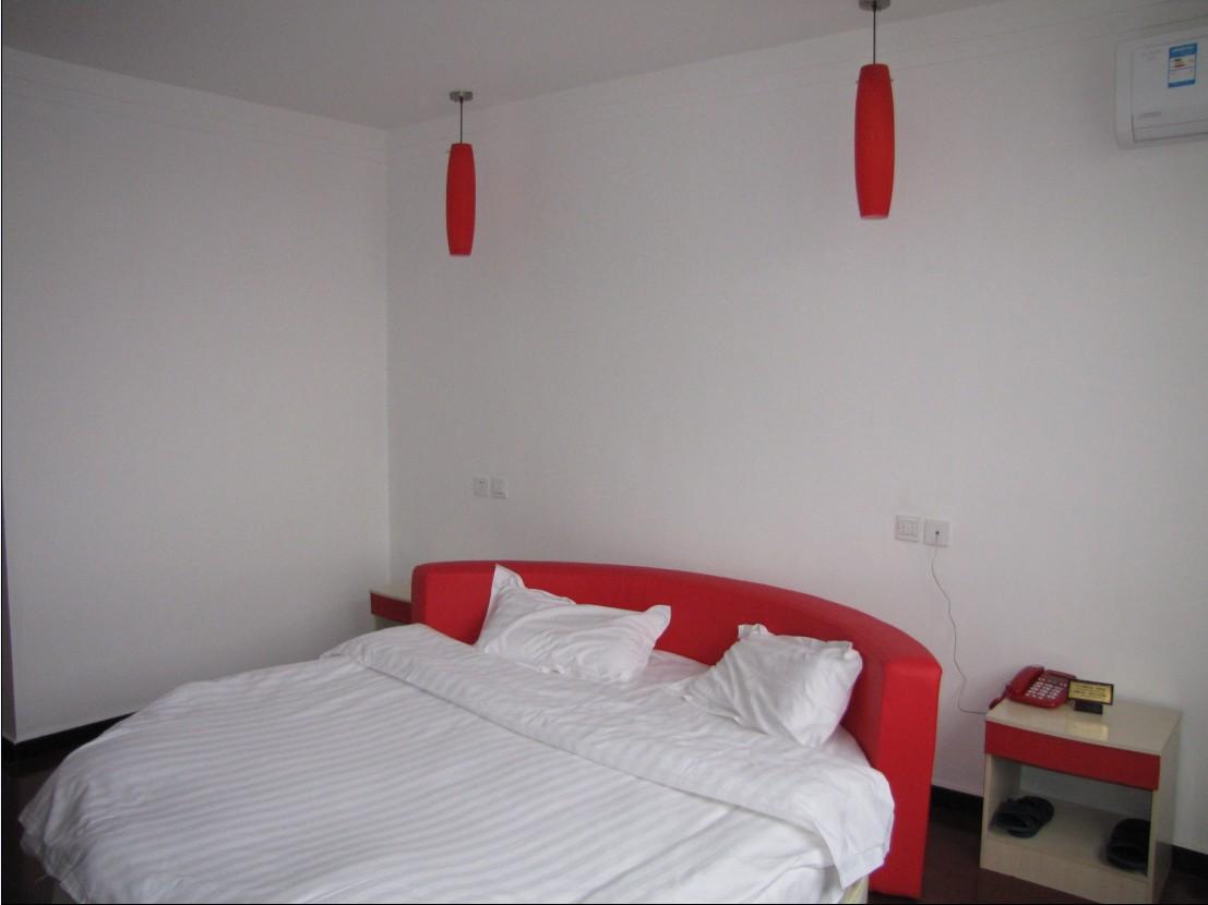 �e�^�A床房
