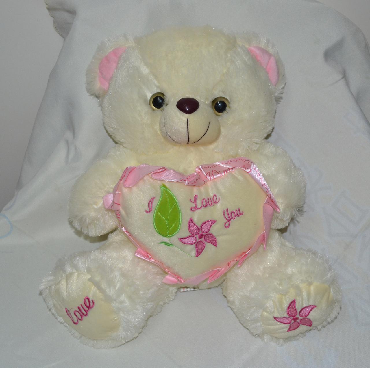 可爱抱抱熊