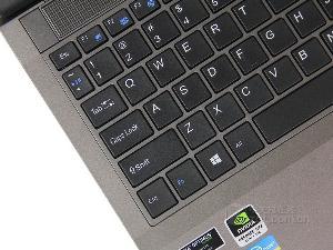 **SSD配高清屏 神舟K590S�鹕癜�