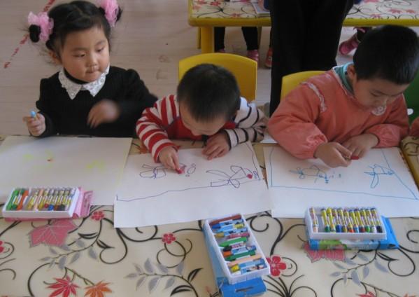 博雅幼儿园美术课程_亲子街图片