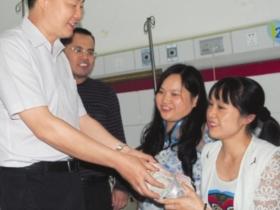 内江:女教师患重病六旬老母割肾救女
