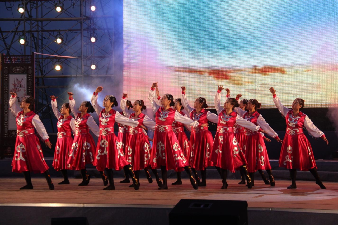 鸿雁大提琴曲谱; 鸿雁歌词; 中国移动凌源分公司举办专场演出;