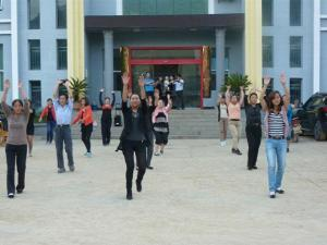 德江县平原广场舞舞出群众生活靓丽风景线