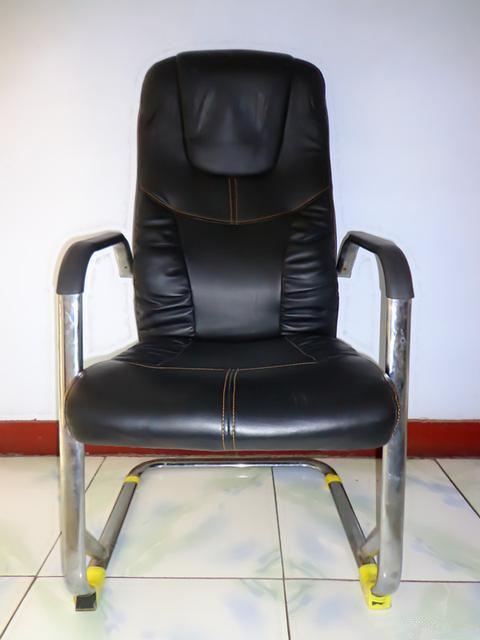 9.99成新 高背不锈钢皮靠椅