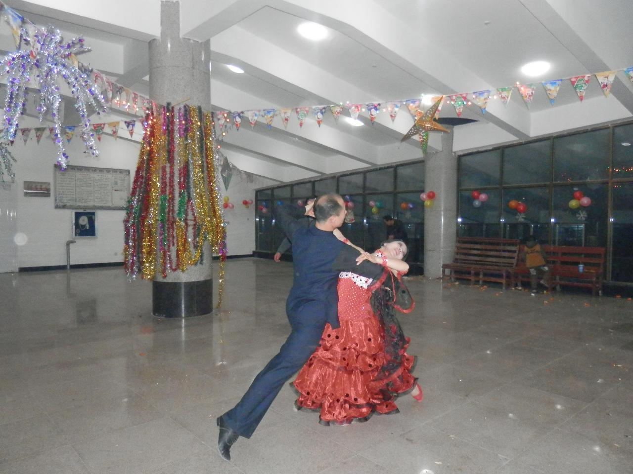 余江舞蹈家協會交誼舞培訓中心招收學員