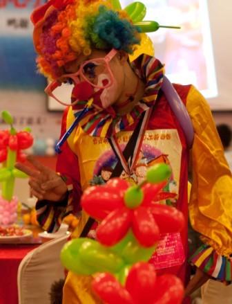 盤錦小丑鮮花蛋糕速遞