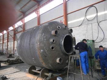 搪瓷反应罐获得高温的四种加热方式