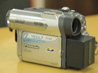 出售摄像机一台
