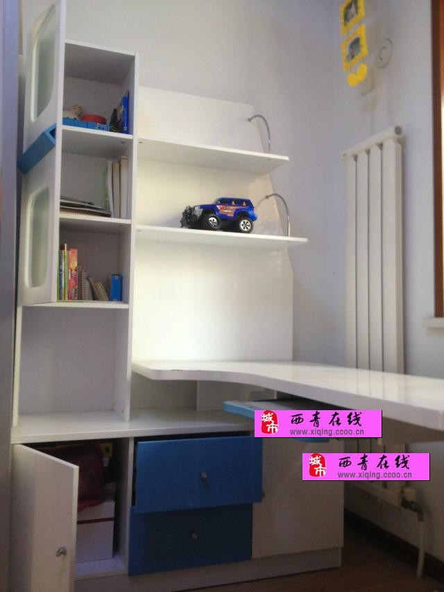 儿童衣柜和配套书桌(个人)