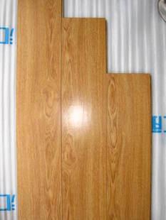 二手地板便宜质优还有吧台整体浴室