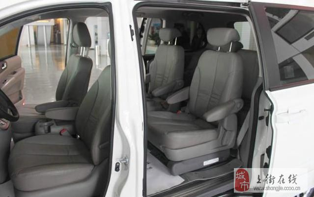郑州世之贸二手车5S店 起亚VQ 2.7L