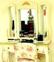 欧式化妆镜台