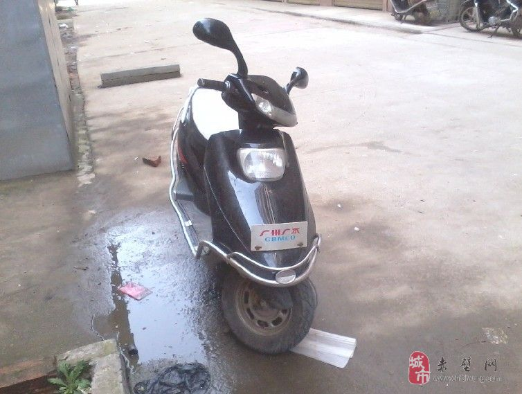 二手踏板摩托车低价出售