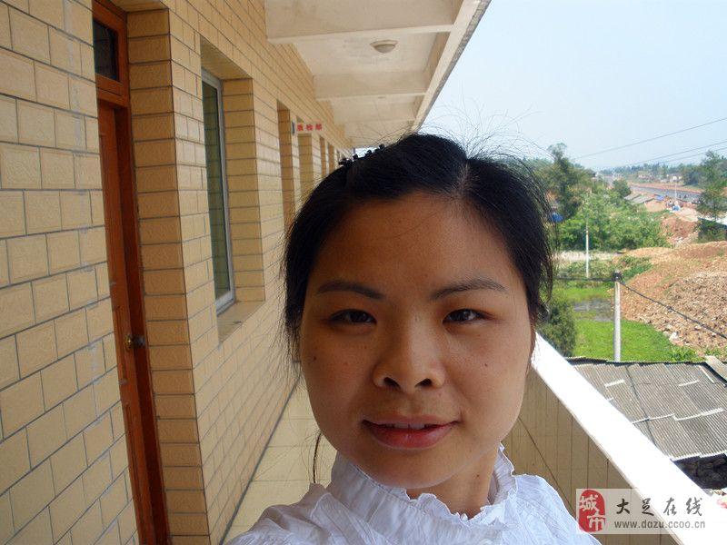 廖中碧(女,35岁)