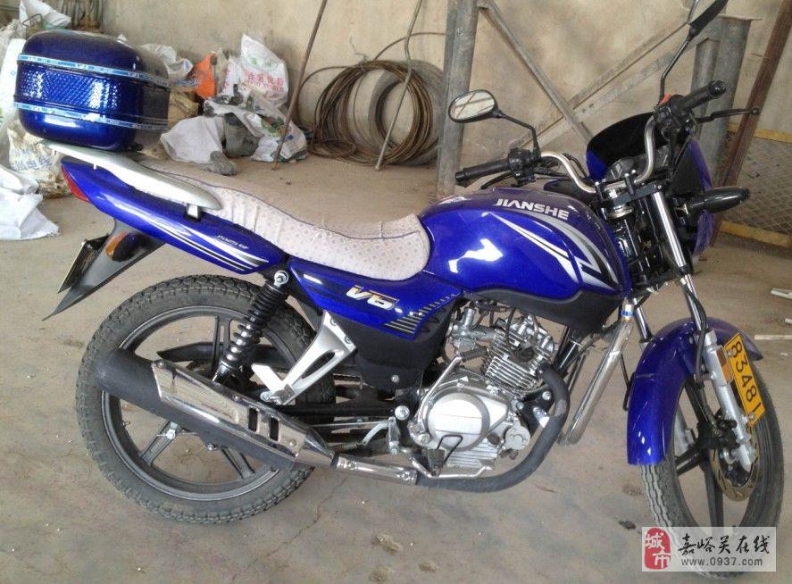 全新的建设v6 125摩托车挥泪甩卖