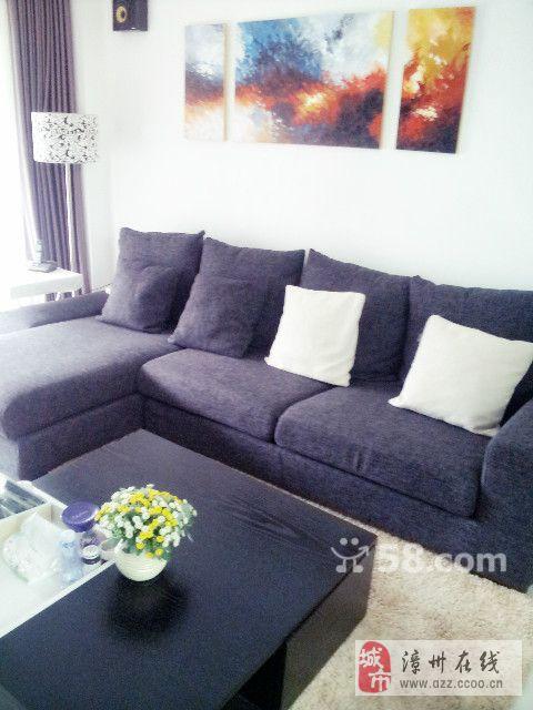 沙发超低价转卖啦 很新,很欧美