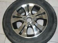 轮胎185 65R14 轮毂轮毂孔距: 4*100