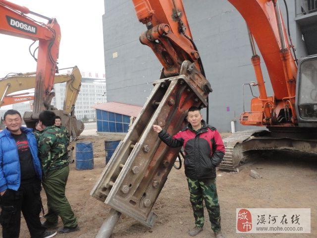 学挖掘机不收钱的挖掘机学校